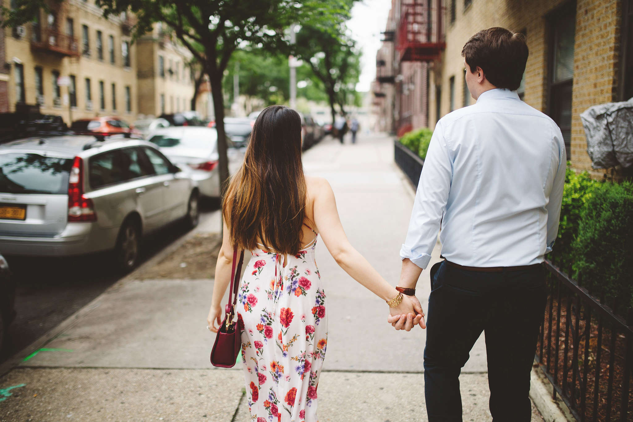 Lovers exploring streets of NYC engagement session