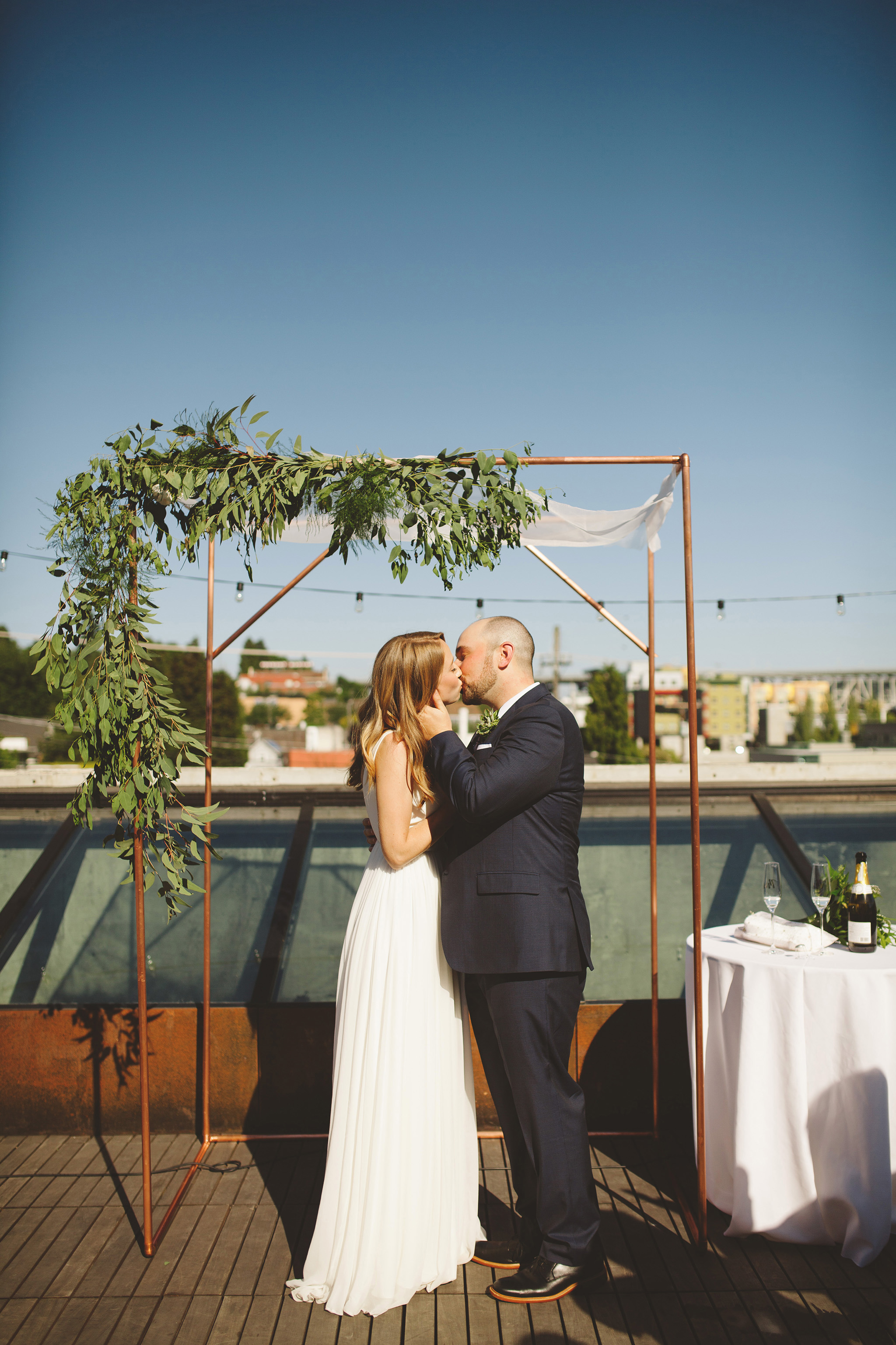 Modern minimal rooftop wedding in seattle fremont foundry