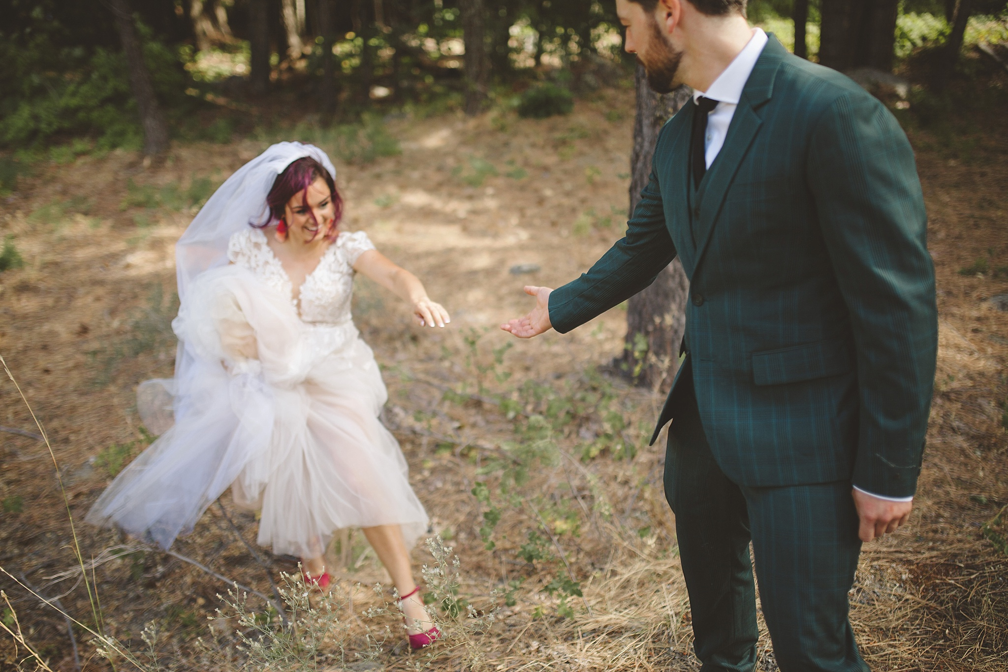 candid wedding portraits in washington