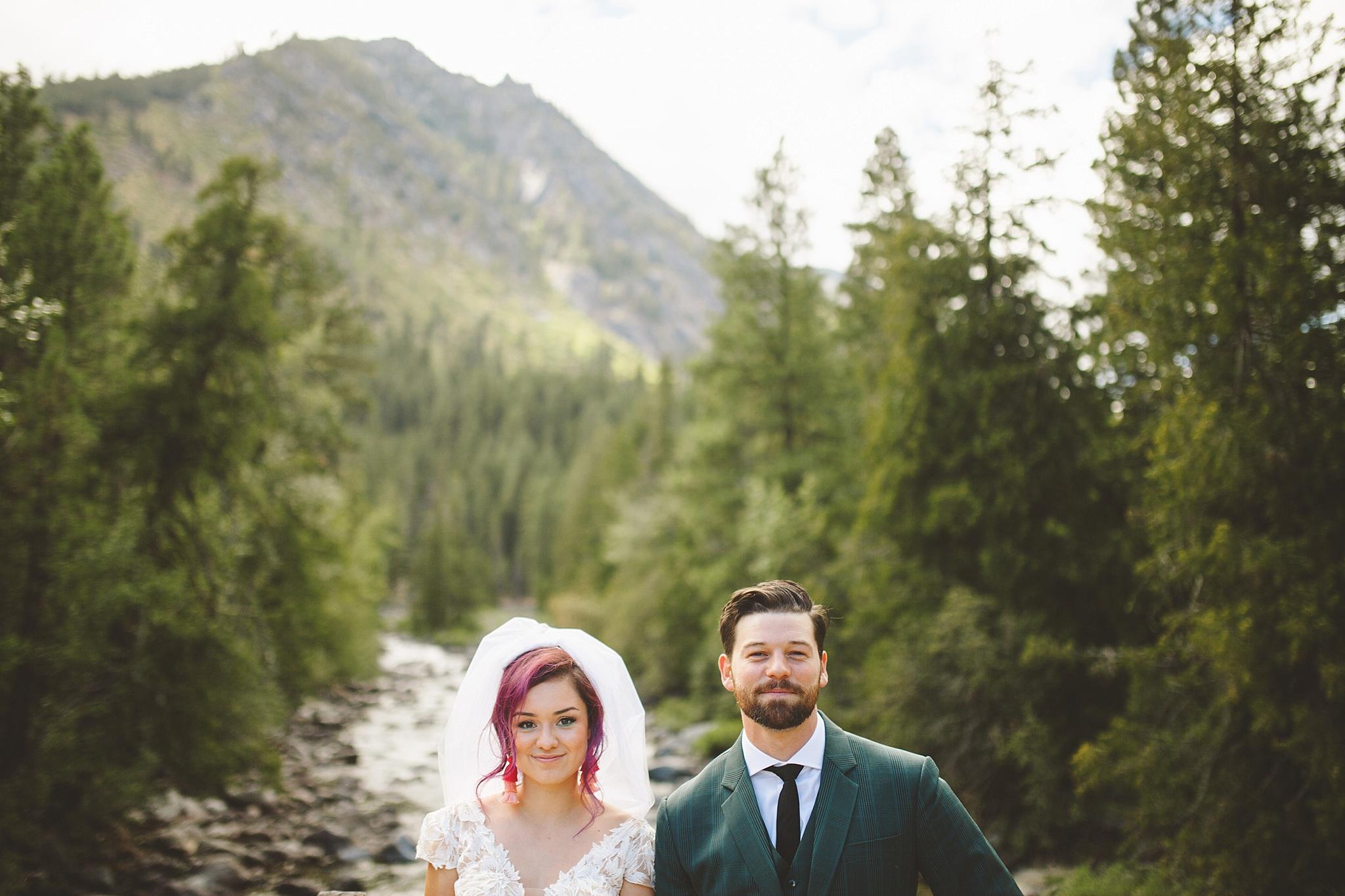 PNW washington wedding portraits in the woods