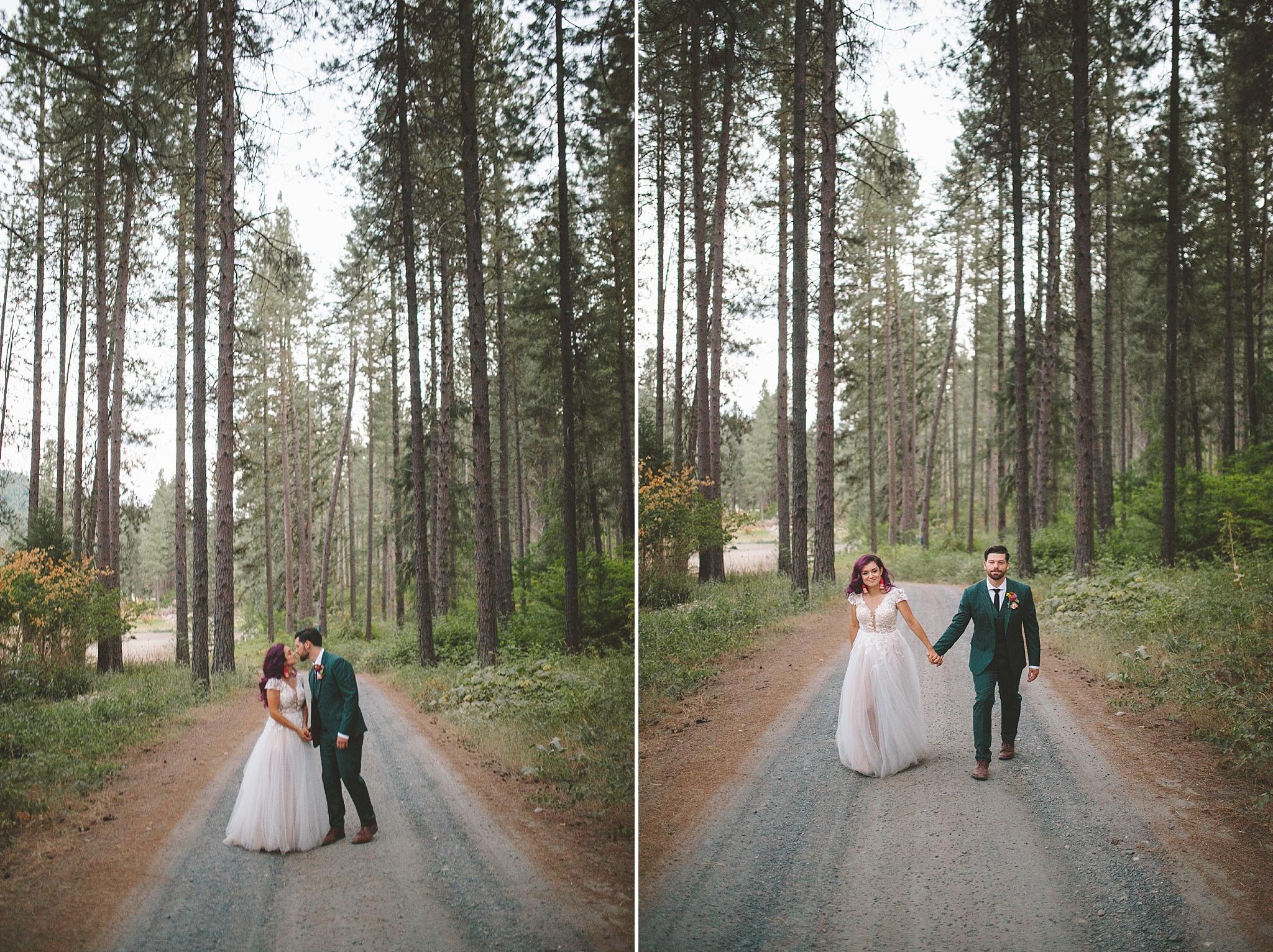 bride in groom in the woods of washington