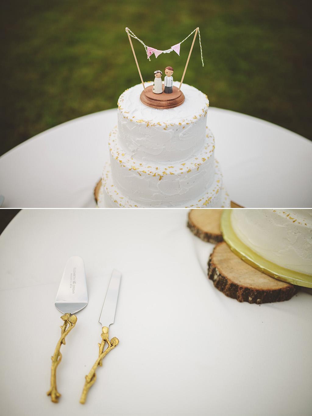 DIY wedding cake and topper