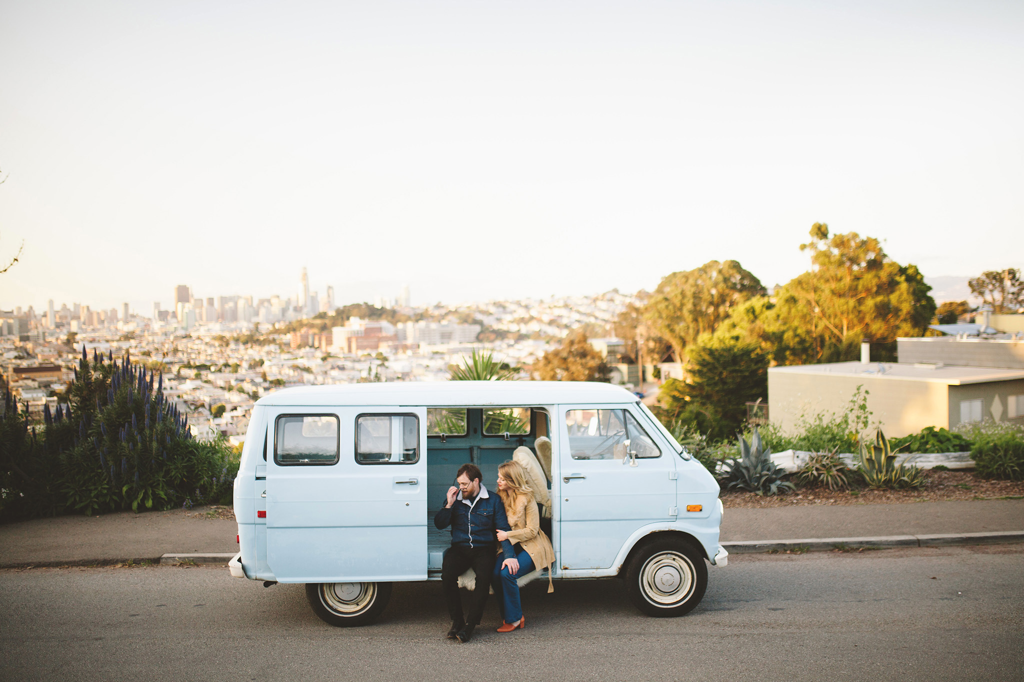 Exploring San Francisco Engagement pictures in the city