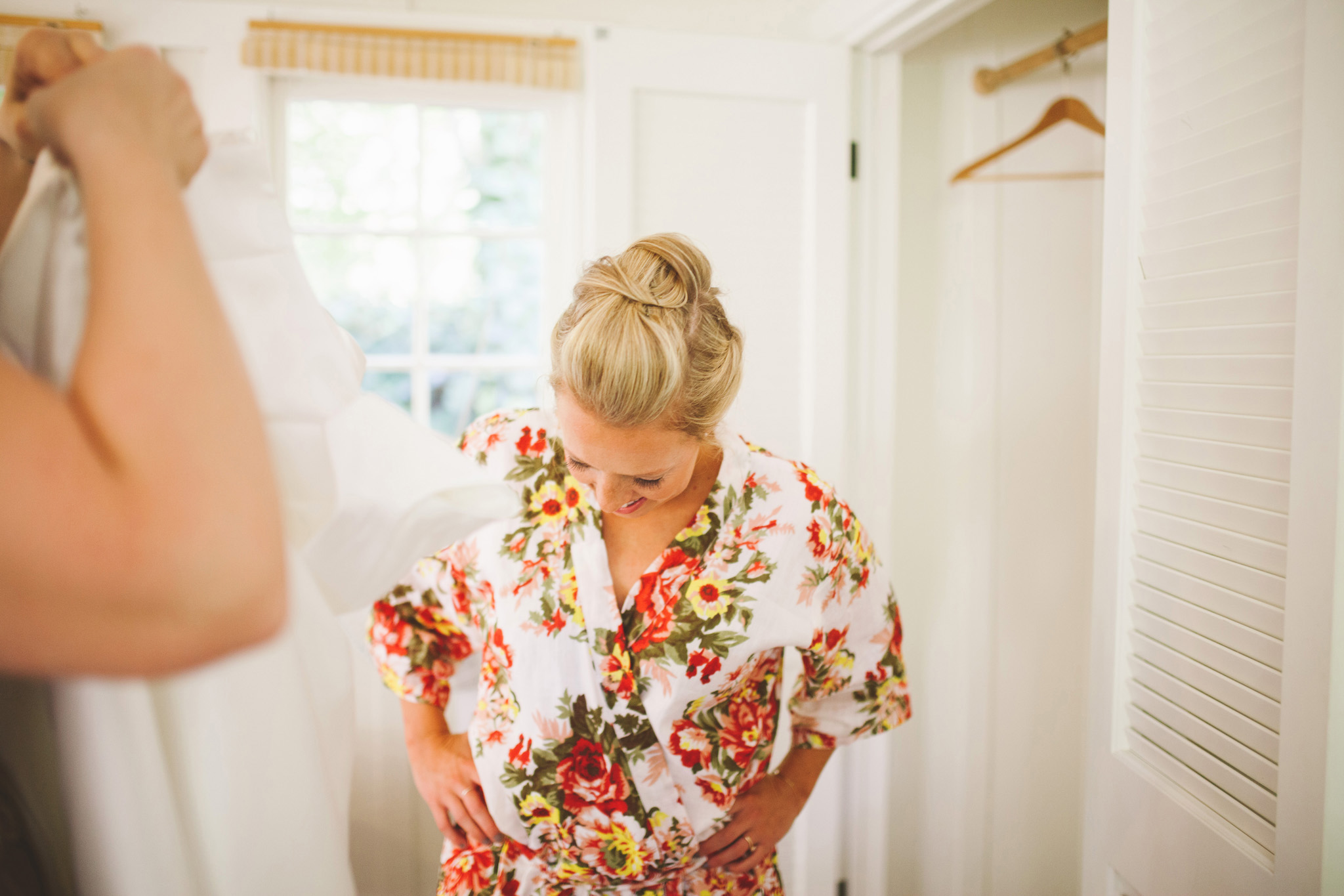 Getting ready pictures in a cabin. California Redwood Wedding Venue Dawn Ranch Guerneville wedding pictures
