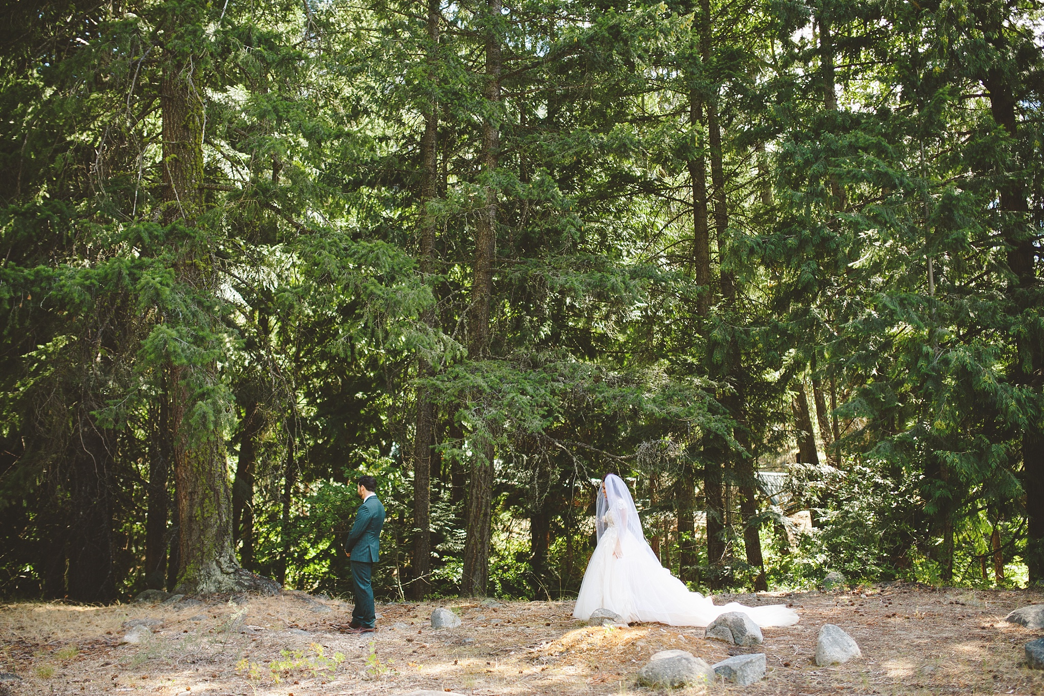 mountain first look wedding