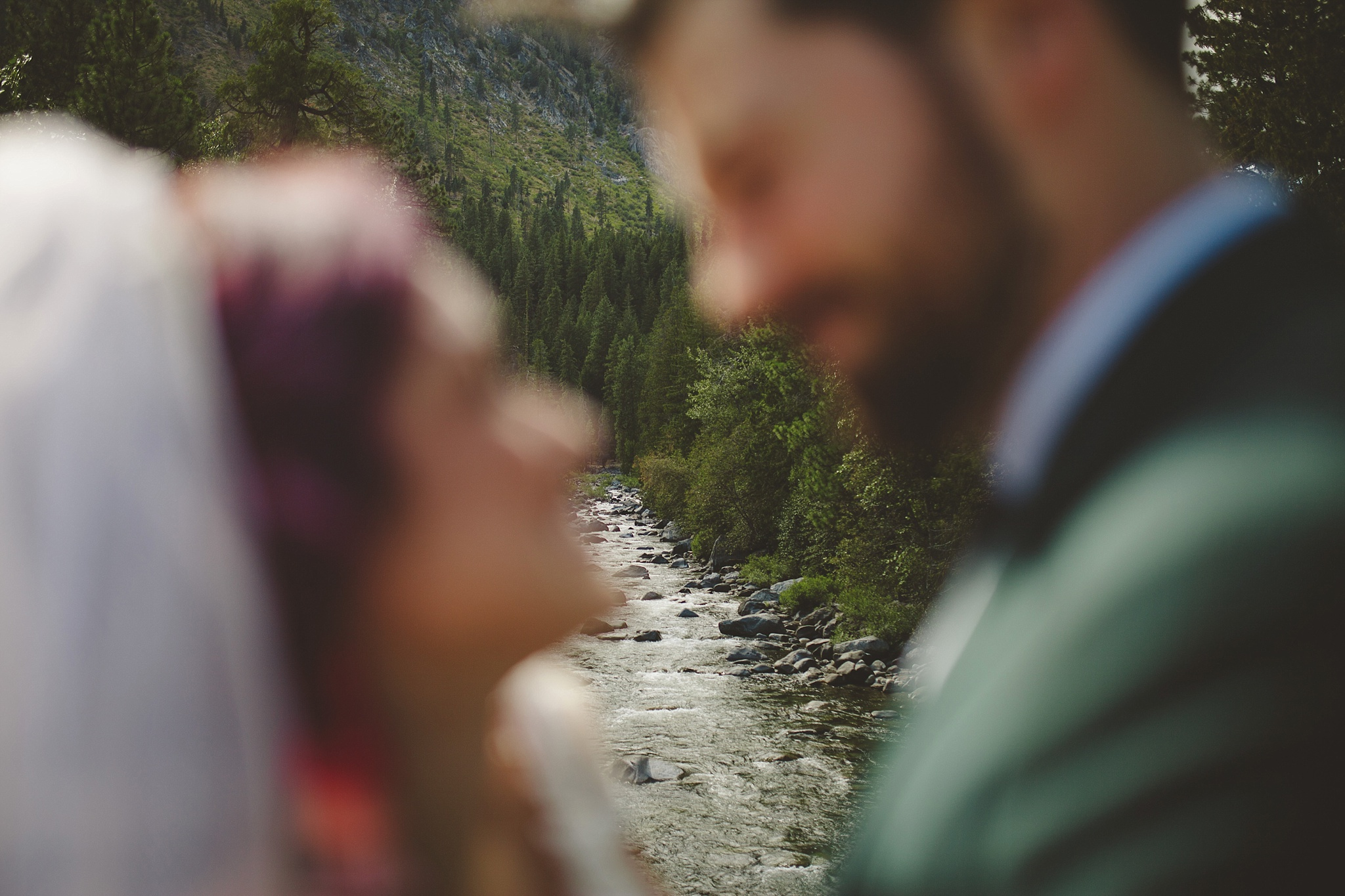 outdoor adventure wedding pictures pnw