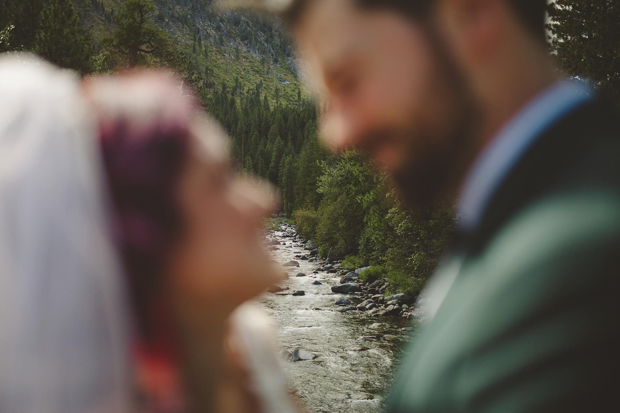 outdoor adventure wedding pictures pnw