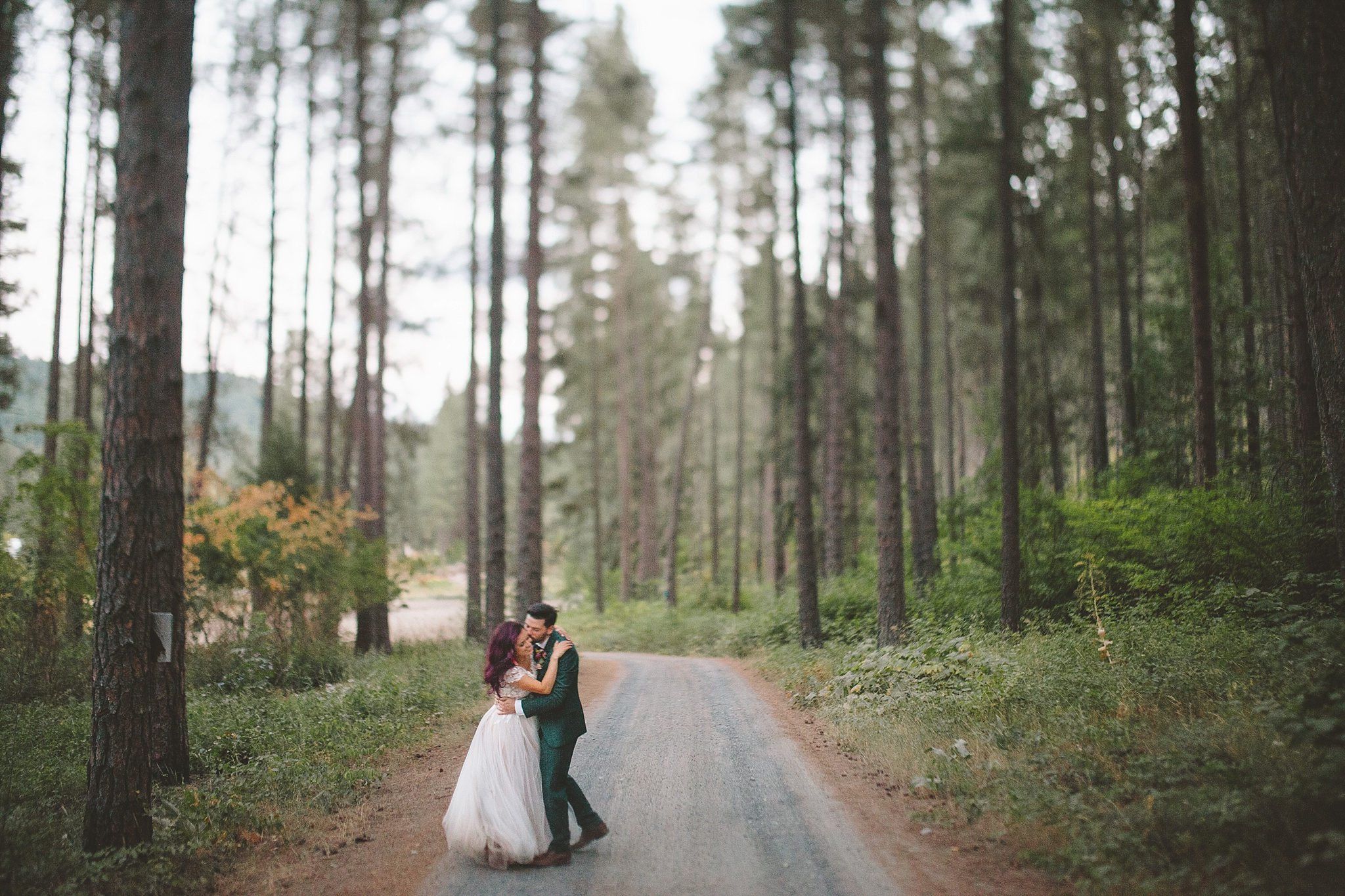couple together at their pnw mountain wedding